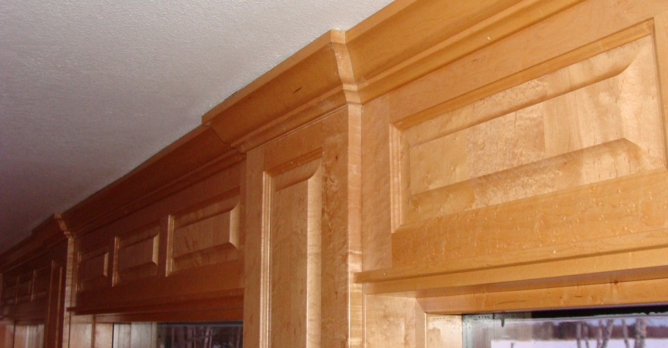 Custom furniture design birdseye maple male models picture for Birdseye maple kitchen cabinets