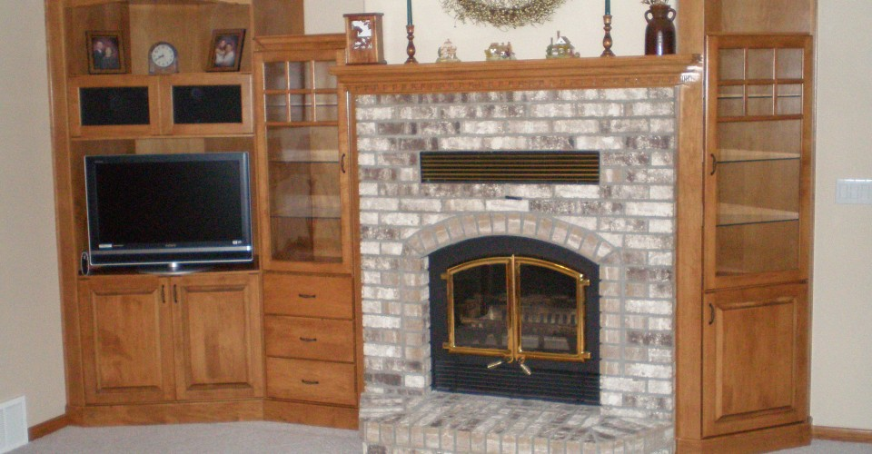 Fireplace Mantle - Maple Stained