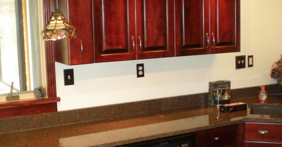 Kitchen - Maple Stained Burgundy