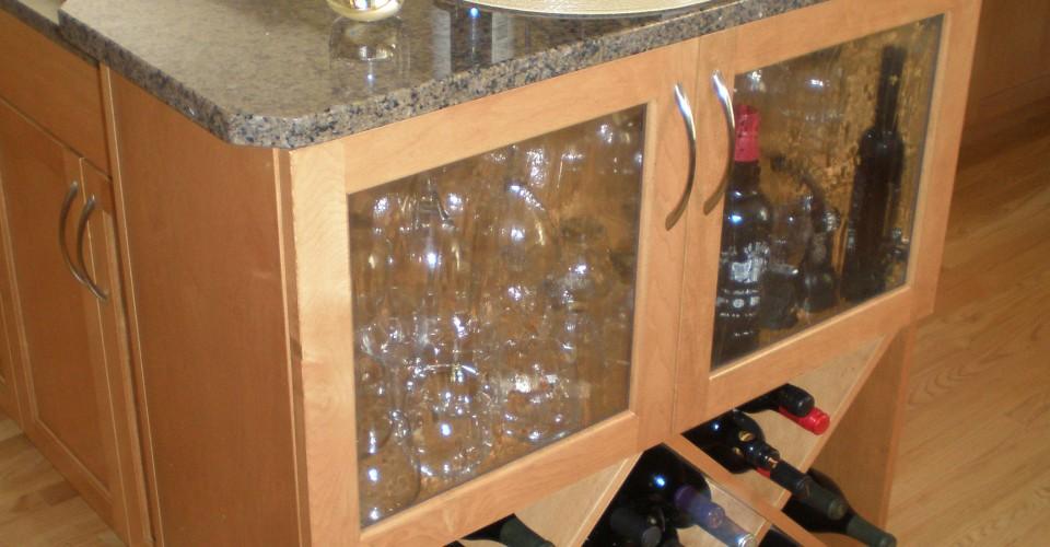 Kitchen - Maple Wine Area