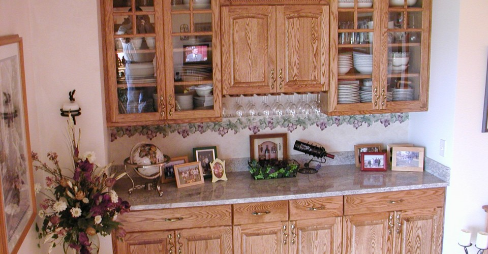 Kitchen - Oak Stained Hutch
