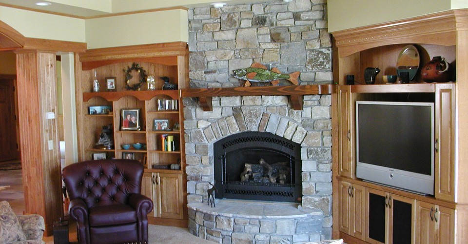 Fireplace Mantles - Cherry TV Area