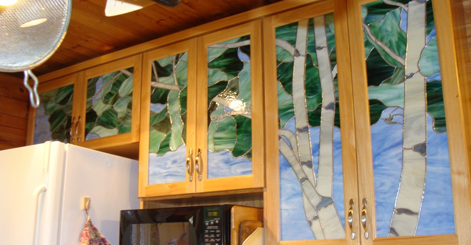 Kitchen - Hickory with Stained Glass