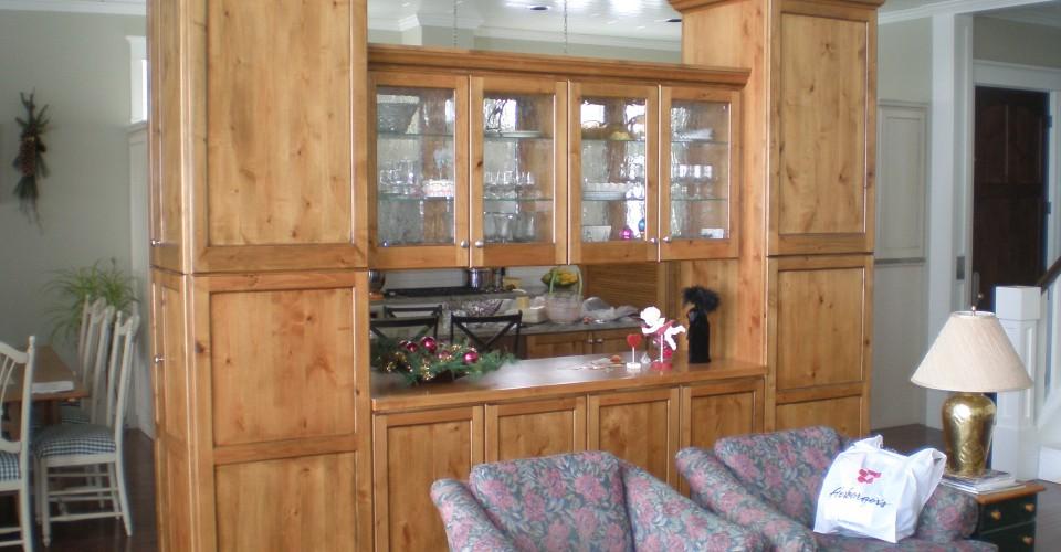 Kitchen - Knotty Alder Glazed