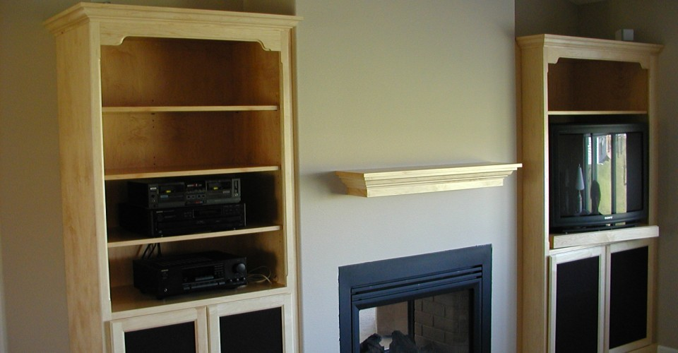 Fireplace Mantle - Maple